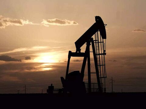 قیمت نفت خام به بالاترین سطح یکسال اخیر رسید