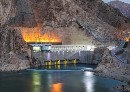 ثبت رکورد بیشترین میزان تولید انرژی توسط نیروگاه کارون۴ در حوضه کارون بزرگ