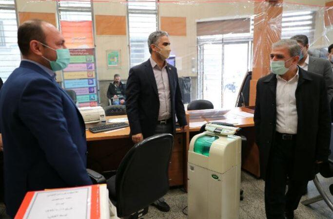 بازدید سرزده مدیرعامل بانک ملی ایران از شعب چهارراه کنت و منوچهری تهران