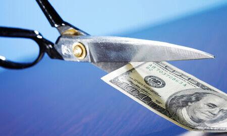 شاهد فاصله گرفتن کشورها از دلار هستیم