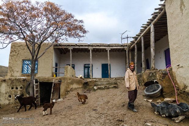 بهسازی مسکن روستایی موجب افزایش امید به زندگی در روستاها میشود