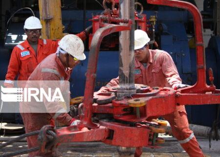رکوردشکنی قیمت نفت با تمدید توافق کاهش تولید