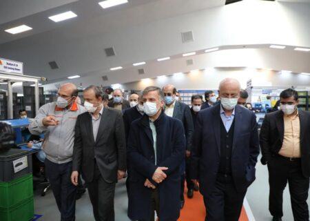 وزیر صنعت خط تولید کامپیوتر خودرو را افتتاح کرد/ ایروانی: تولید دانش فنی در عظام با جدیت دنبال می شود
