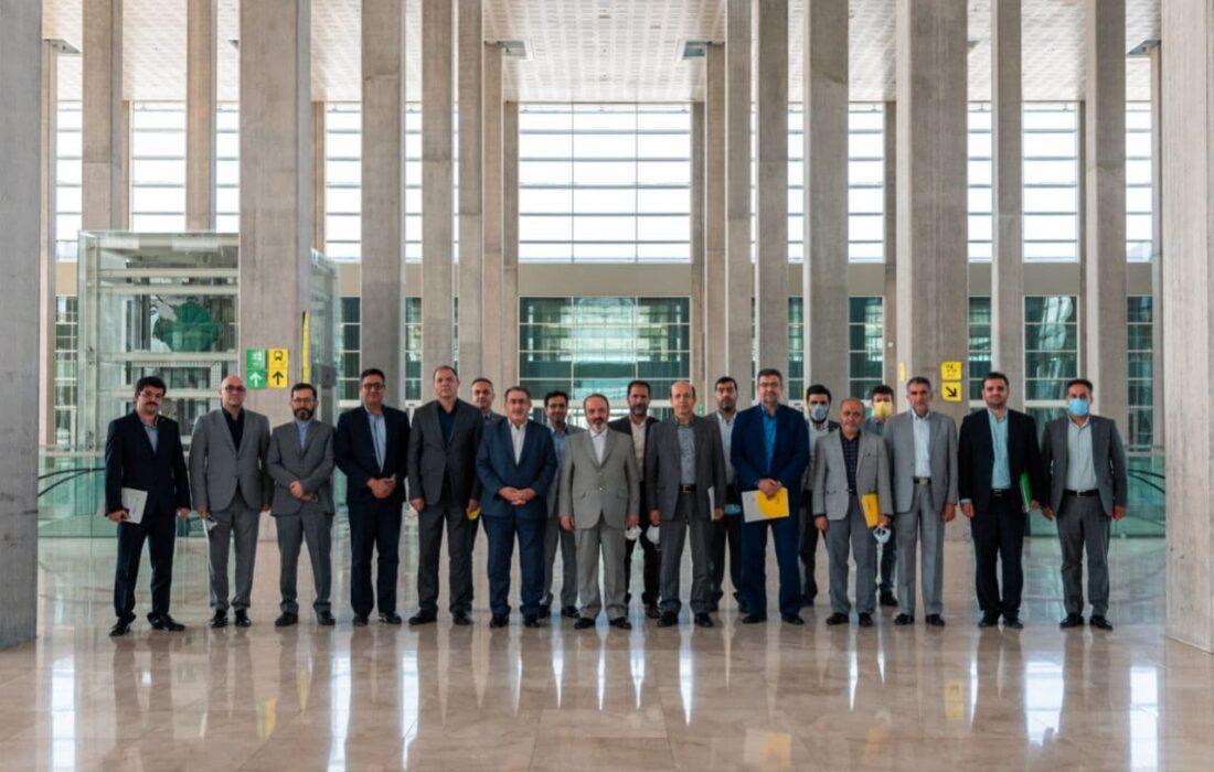 نشستی برای آغاز تفاهم سازنده فی مابین نمایشگاه شهرآفتاب و نمایشگاه جمهوری اسلامی ایران