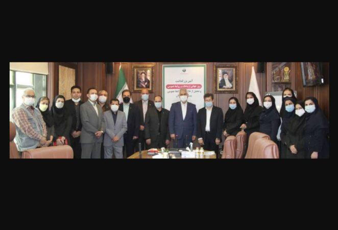 دکتر شیری در جمع کارشناسان روابط عمومی پست بانک ایران اعلام کرد: تمام کارکنان بانک کارشناس روابط عمومی هستند
