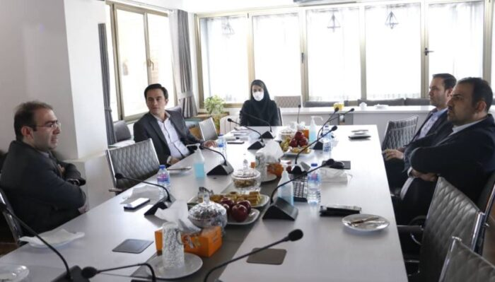 اولین نشست مدیران توسعه کسب و کار دیجیتال صنعت بیمه به میزبانی بیمه رازی