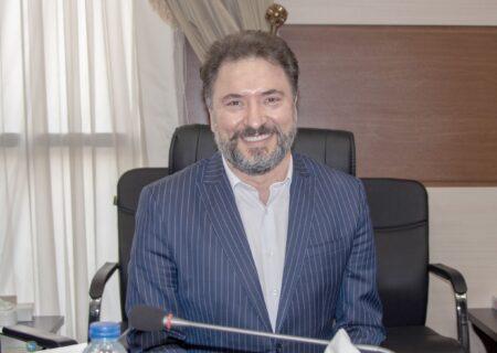 انتخاب دکتر مظلومی بعنوان نماینده بیمه گران در شورایعالی بیمه