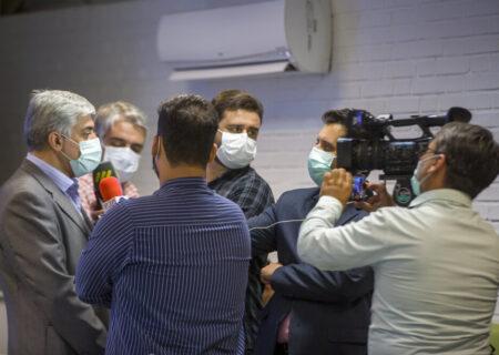 بازدید خبرنگاران از خط تولید نخستین واکسن ایرانی کرونا