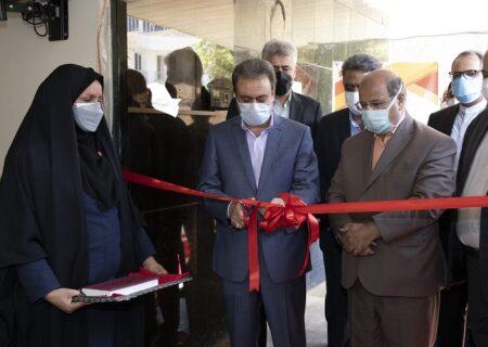 افتتاح مرکز واکسیناسیون کووید ۱۹ بانک ملت با حضور فرمانده عملیات مدیریت کرونا استان تهران