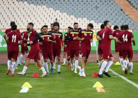 مناطق آزاد برای تیم ملی فوتبال کمپ تمرینی می سازد